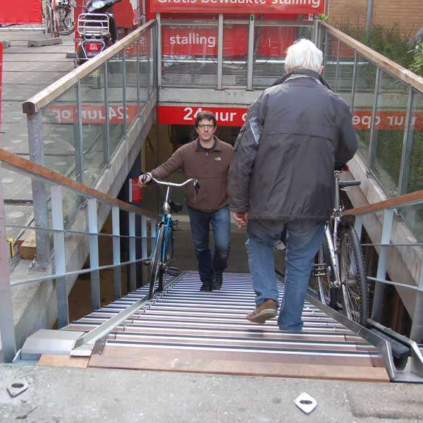Cycle Parking | Advanced Cycle Products | VeloComfort® Automated Cycle Wheel Ramp | image #8 |