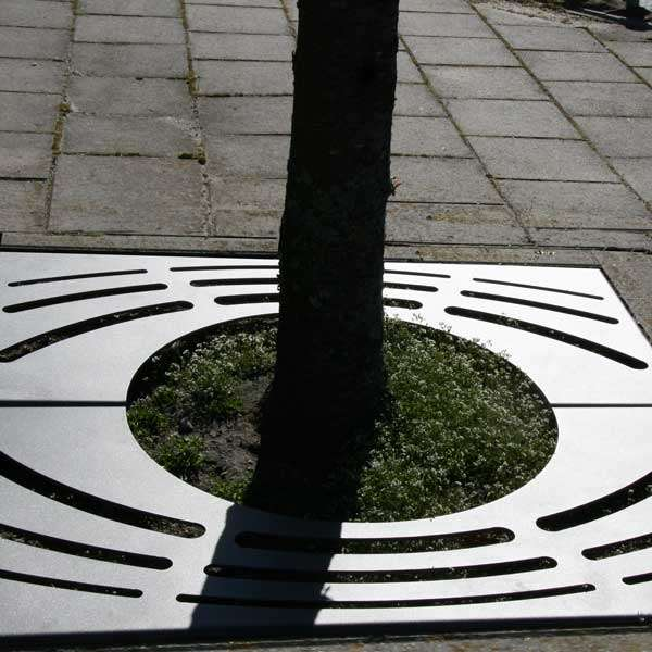 Street Furniture | Tree Grilles | FalcoArbre Tree Grille | image #3 |