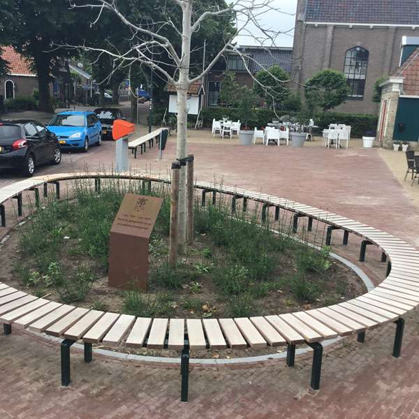 Street Furniture | Seating and Benches | FalcoSinus Bench | image #2 |