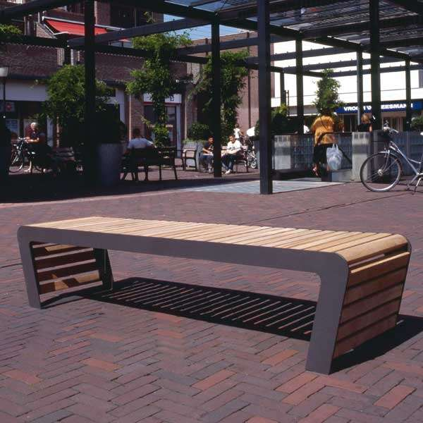 Street Furniture | Seating and Benches | FalcoLinea Bench | image #2 |