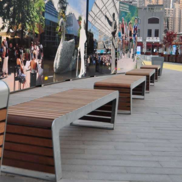 Street Furniture | Seating and Benches | FalcoLinea Bench | image #3 |