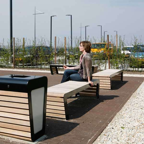 Street Furniture | Seating and Benches | FalcoLinea Bench | image #6 |